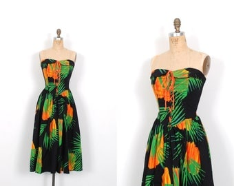 Vintage 1980s Dress / 80s Tropical Print Strapless Sundress / Black and Green ( S M )
