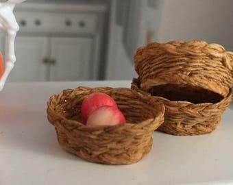 Miniature Basket, Flat Round Basket, Style 73, Dollhouse Miniature, 1:12 Scale, Mini Basket, Dollhouse Accessory, Decor, Crafts