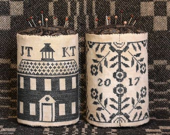 Schoolhouse Coverlet Pin Drum; The American Coverlet Series, Part VII : Cross Stitch Pattern by Heartstring Samplery