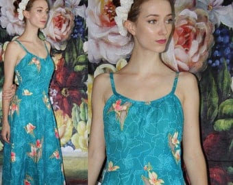 1980s does 1950s Vintage 1950s Bombshell Pinup Hawaiian Novelty Floral Cotton Dress - Fifties Cotton Dress  - 50s Cotton Dresses   - WV0556
