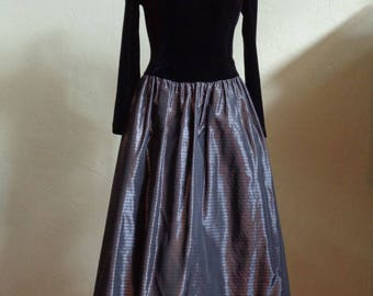 "Vintage 80's Jessica McClintock for Dillard's Prom/Party Dress Black Velour Top Grey/Black/Silver Striped Taffeta Skirt Bust 38"" Waist 34"""