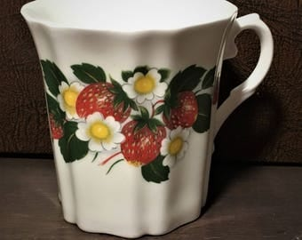 Royal Grafton Fine Bone China Strawberries Mug