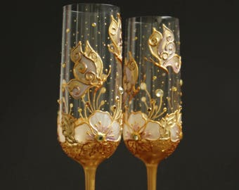 Champagne Glasses. Wedding Glasses, Butterfly Wedding, Gold Glasses, hand Painted, Set of 2