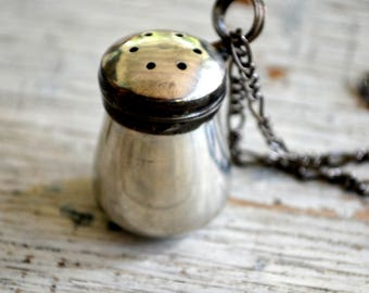 Essential Oils Diffuser Necklace, Perfume Diffuser Necklace, Tiny Vintage Pewter Salt Shaker, Aromatherapy Diffuser, Diffuser Jewelry (2626)