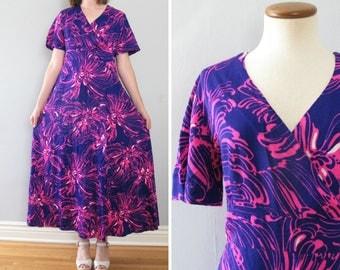 purple hawaiian dress - 70s vintage Harriet's bright psychedelic floral print pink long full skirt tiki boho hippie loose slouchy muumuu