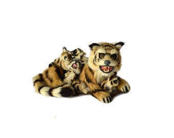 Real Fur Mother Tiger and Babies Figurine, Tiger Family