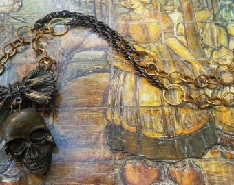 Lover's Skull Necklace