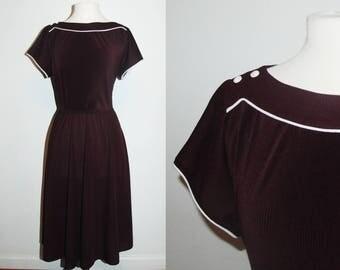70s Plum Boat Neckline Casual Dress / Midi Dress / Size Large-XL