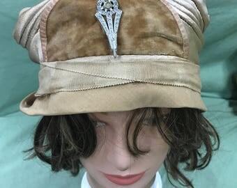 1920's Silk and Velvet Cloche
