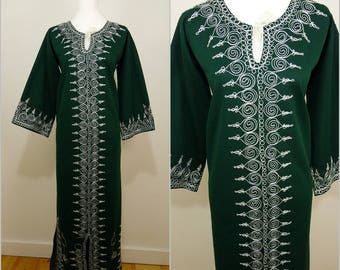 VINTAGE 1970s Hippy Bohemian Bottle Green White Ornate Embroidery Braid Eastern Caftan Dress UK 12 F 40 / Ethnic /