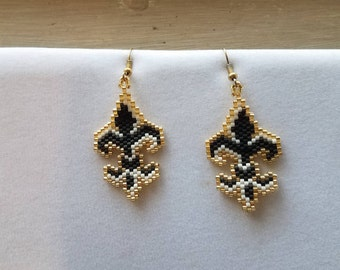 SALE Hand Beaded Fleur-de-lis Black, White and Gold Earrings Boho, Southwestern, Brick Stitch, The Saints Football Earring Ready to Ship