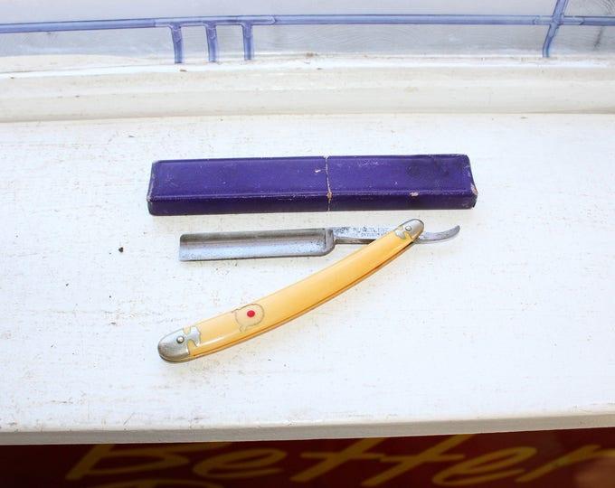 Antique Straight Razor Universal Cutlery Bull's Eye