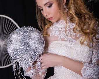 Brooch Bouquet. Silver teardrop crystal Bouquet, Unique Wedding Bridal Bouquet