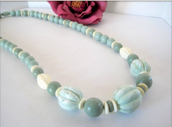 Green Lucite Necklace - Jade Green - White Spacers - Screw In Clasp