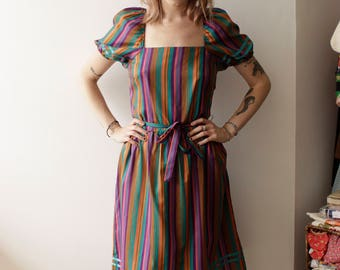 Beautiful light weight silky vintage dress- Small