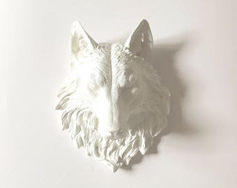 WHITE WOLF Faux Taxidermy Large Wolf Head Wall Decor Wolf wall hanging Farm house decor Faux Animal Head: Willem the Wolf in white