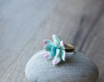 Small succulent ring - terrarium ring - succulent jewelry - mint botanical ring - nature jewelry - eco friendly jewelry - porcelain jewelry
