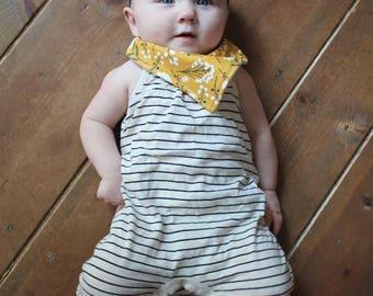 Bandana Bib Set. Mustard Floral and Black and White Gingham Buffalo Check. Baby Bandana Bibs. Baby Girl Bandana Bibs. Baby Girl Bibs.