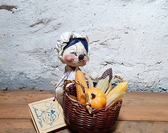 Annalee Thorndike Colonial Mouse, Harvest Basket, Woven Basket, Collectible Annalee,.
