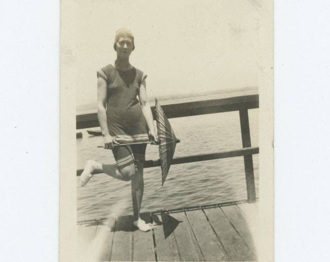 Vintage Snapshot Photo: Gal in Swimsuit, Parasol, c1920s (75584)