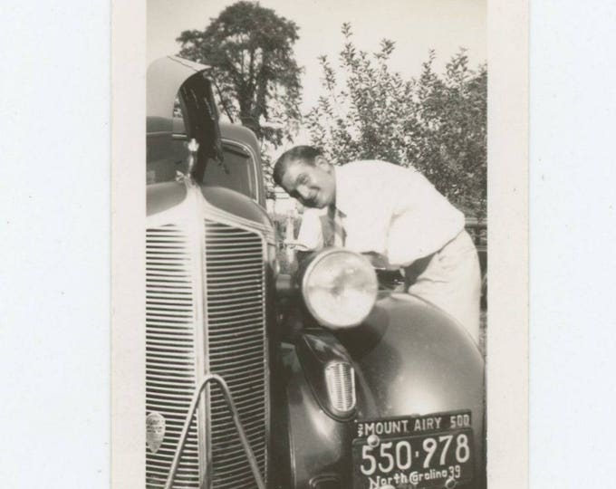 Vintage Snapshot Photo: Tinkering, 1939 (711620)