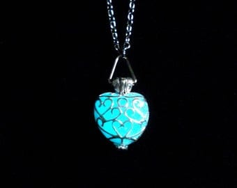 Pink Heart Necklace Glow In The Dark Silver (glows aqua blue)