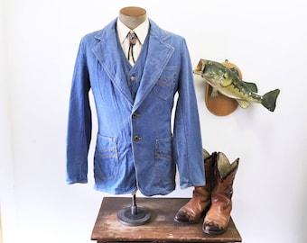 1970s 2 Piece Men's Denim Suit Vintage Western Style Denim Suit Jacket / Blazer / Sport Coat & Vest by Brittania - Size 38 (MEDIUM)