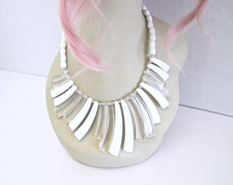 Clear & White Lucite Necklace ~ 1980s Vintage Geometric Bib Necklace w/ Triangle  Beads