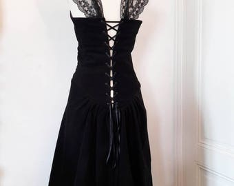 the princess dress in black cotton velvet (available in 38) or made to order