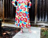 Plus Size - Vintage Floral Print Maxi House Dress (Size 14/16)