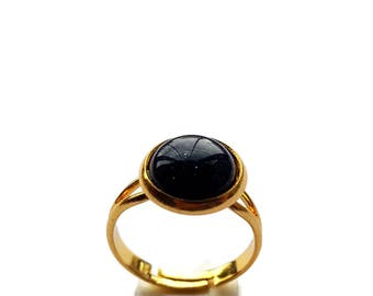 Round Blue Sandstone Cameo Ring Gold