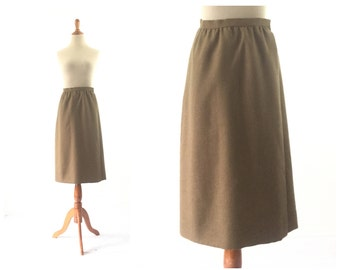 Tan skirt, 1960s 60s Skirt / XS  Small Pleated Skirt Schoolgirl Skirt Women Skirt / Wool Skirt / Vintage Clothing Skirt