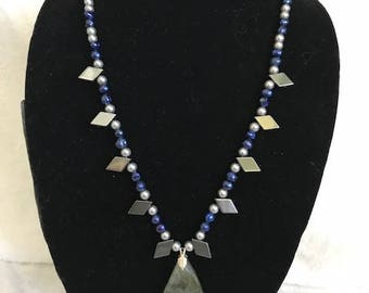 Passive Wind (Beads and Stone) Necklace
