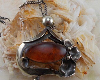 Silver Flower and Amber Brown Carbochon Pendant Necklace  2932