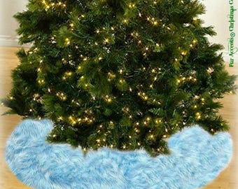 Classic Faux Fur Christmas Tree Skirt