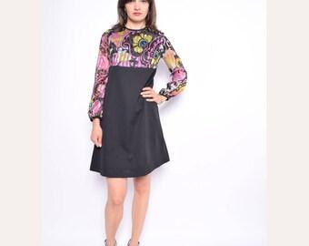 Vintage 70's Long Sleeve Black Dress / Color Blocking Mini Dress / Floral Print Black Dress - Size Small