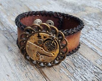 Steampunk Bicycle Leather Wristband Cuff -Steampunk Bracelet-Steampunk cuff-steampunk Girlfriend Ladies gift