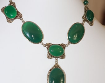Art Nouveau Sterling  Chrysoprase Flower Pendant Choker Necklace. Circa 1920. Marked Sterling.