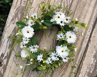 All Season Wreath, Door Wreathes, Mothers Day Wreath, Summer Wreath, Spring Wreath, Front Door Wreath, Natural Wreath,  Everyday Wreath