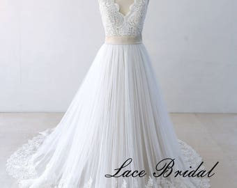 Flowy A line Tulle Lace Beach Wedding dress, Destination Wedding Dress with Champagne Lining