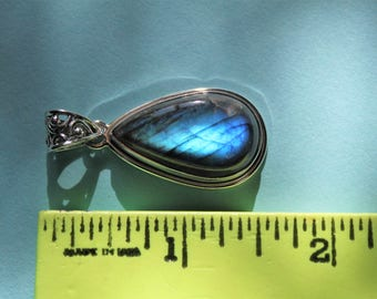 Blue firelight Labradorite pendant