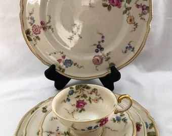 5 Piece Place Setting Sunnyvale China by Castleton, USA, Vintage, Discontinued 1950-72, Floral on Ivory, Gold  beaded, Scalloped Rim