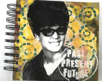 Retro-inspired journal