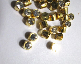 30 Rhinestone in Brass Sew-on Beads/Buttons/Rose Montees