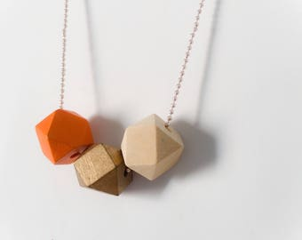 Necklaces with colored wood stones and aluminum chain