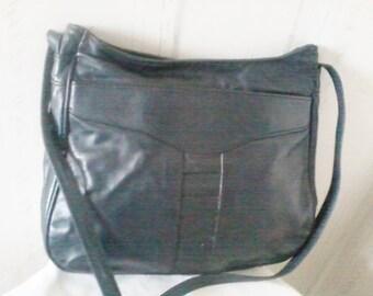 Navy blue leather handbag vintage