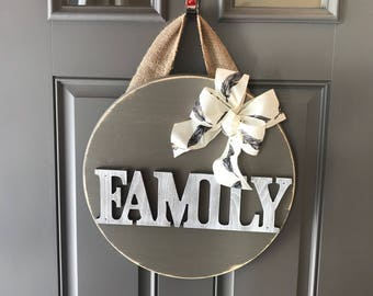 Family Door Hanger, Wood Door Sign, Family Sign, Family Door Decor, All Year Door Hanger, Housewarming Gift, Family Door Sign, Front Door