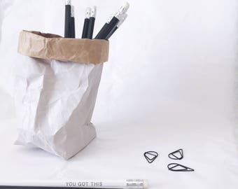 Black pencils, set of 2