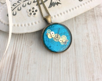 Steampunk Necklace. Teal Pendant. Cogs and gears. Watch Part Necklace. Blue jewellery. Resin Necklace. Steampunk Pendant. Blue Necklace.