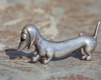 Horacio De La Parra ~ Vintage Mexico Sterling Silver Small Dachshund Wiener Dog Pin / Brooch ~ c. 1950's